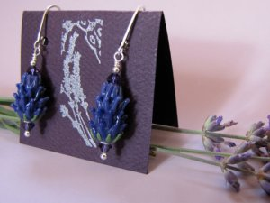 dark_blue_earrings